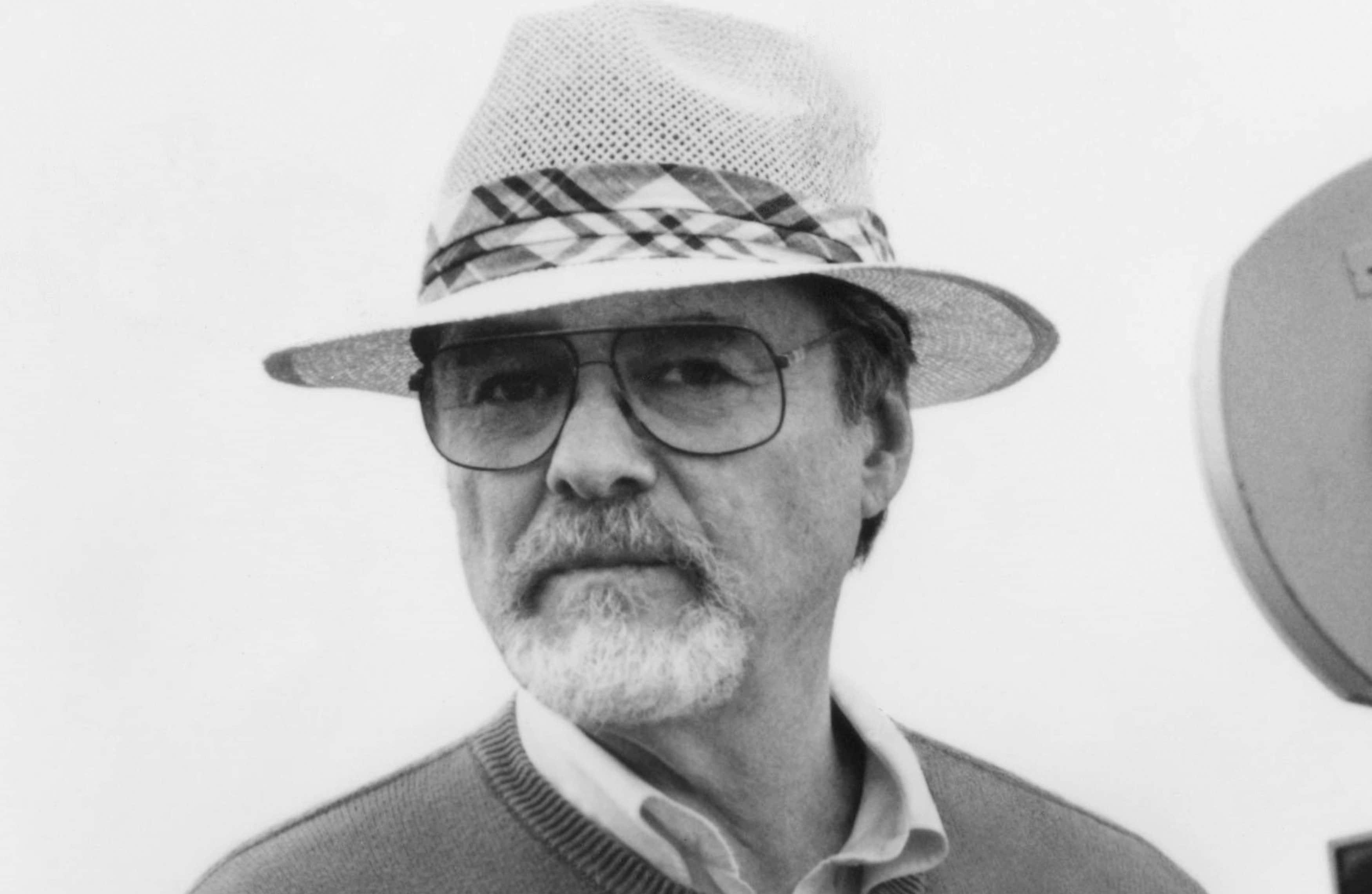 Alan J. Pakula